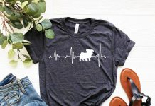 Bulldog Love Heartbeats T Shirt